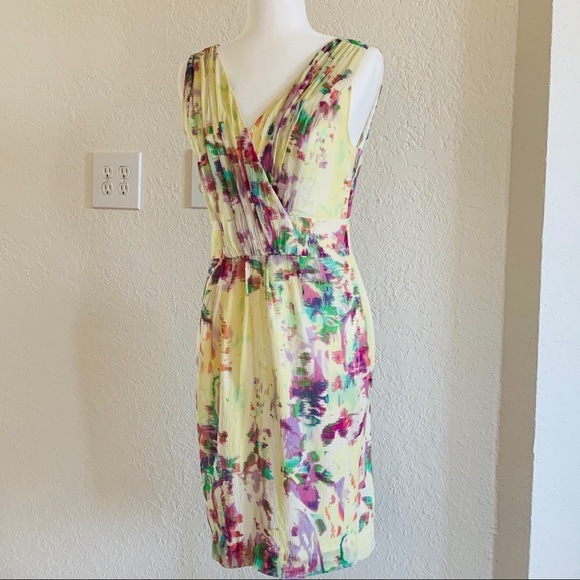Banana Republic Dresses & Skirts - Banana Republic floral print silk dress size 4